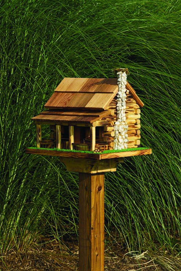 LCRCBF Log Cabin Birdfeeder